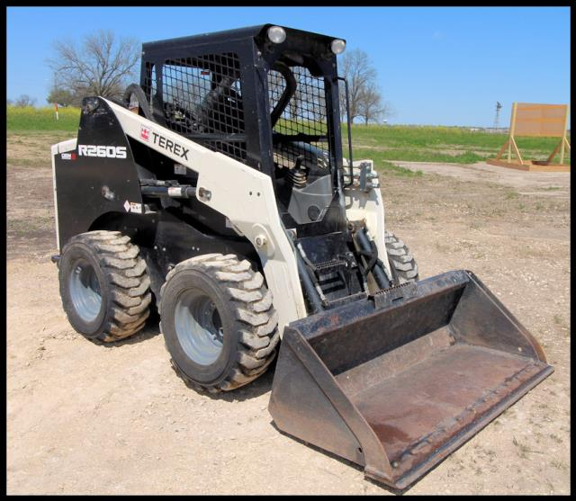 Where to find USED, 2016, 74HP, SKID LOADER, TEREX in Austin