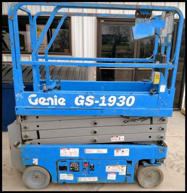 Where to find USED, 2011, GENIE, SCISSOR LIFT, GS1930 in Austin